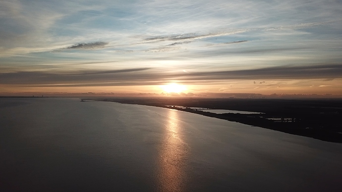 Humber%20Bridge%20Litchi%20flight%20with%20Jitter%20on%20last%206%20waypoints%20or%20wind%3F